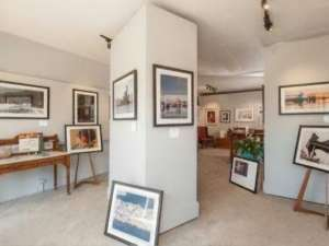 Image of the inside of Jeri Knudson's gallery, JAK's Studios